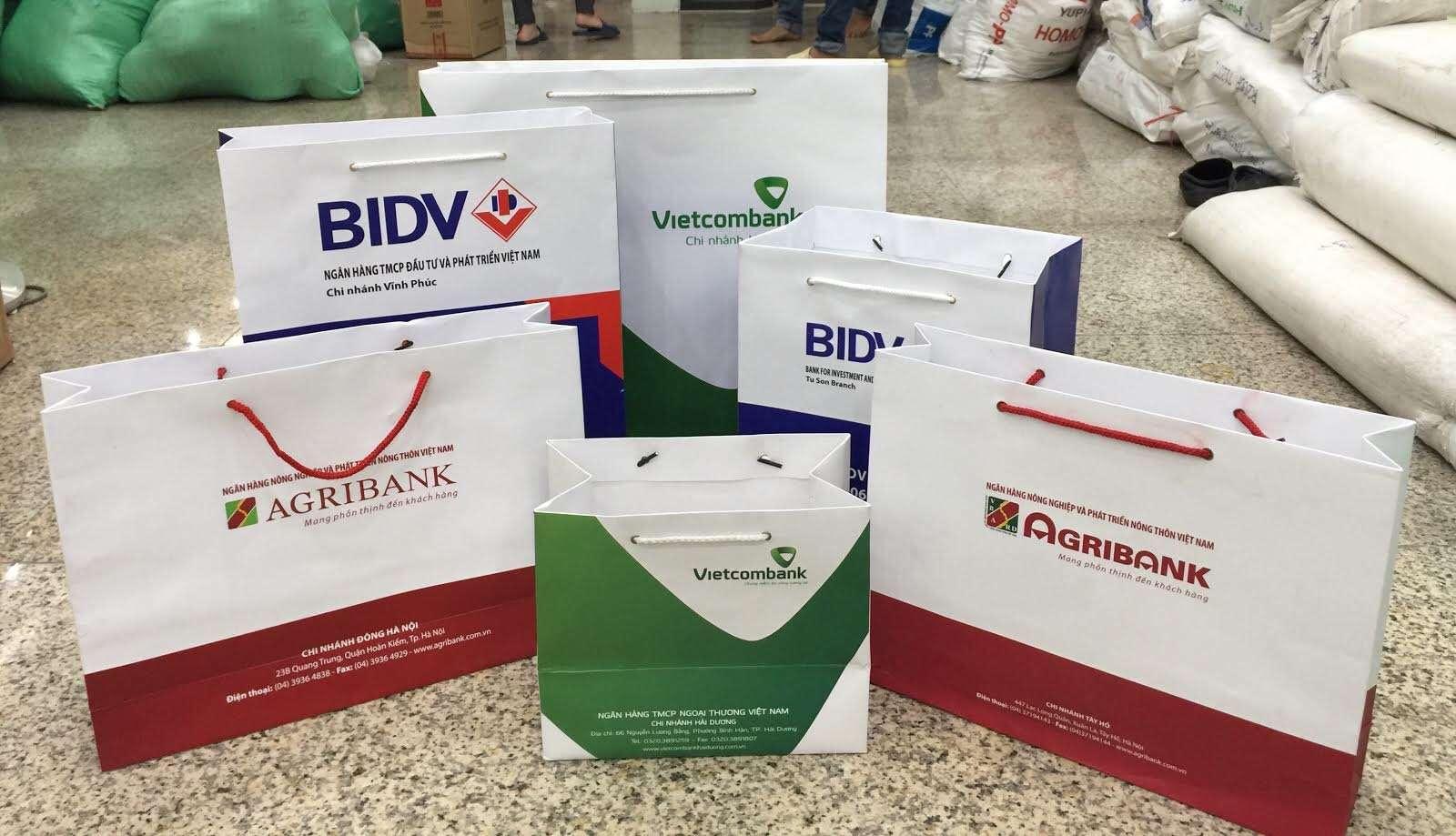 Dịch vụ thiết kế và in ấn túi giấy cho các ngân hàng