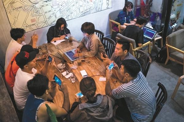 Facebook thống trị về mặt thị phần người sử dụng ở Việt Nam và nhiều quốc gia khác trên thế giới.